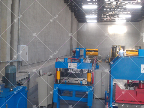 PBR-roof-panel-roll-forming-machine