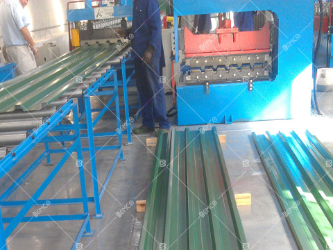 PBU-roof-panel-roll-forming-machine