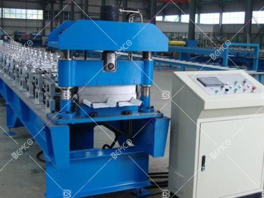 clip-lock-roof-panel-roll-forming-machine