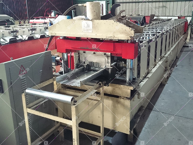 concealed-fastener-roof-panel-roll-forming-line