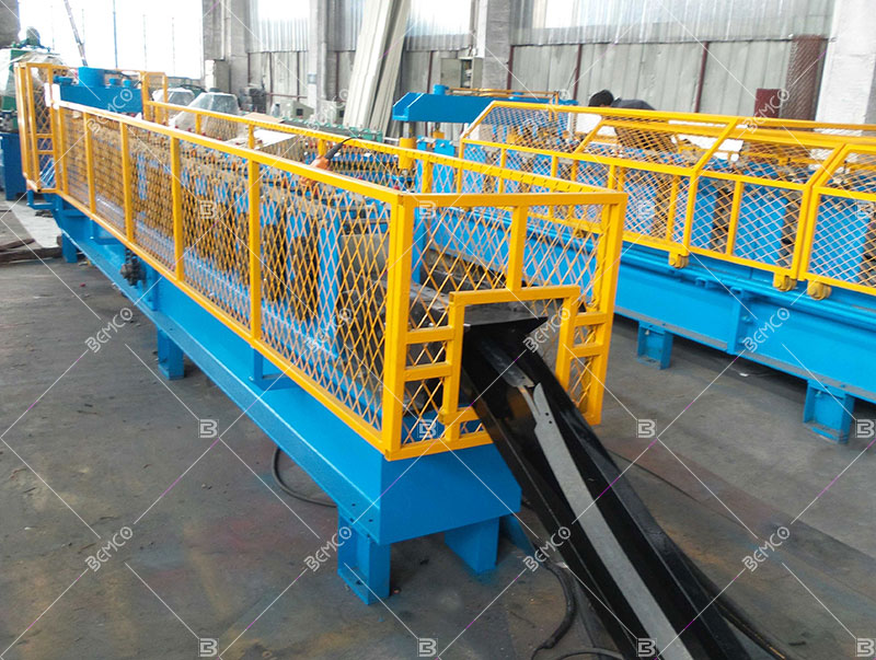 customized-roll-forming-line