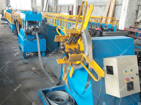 customized-roll-forming-machine