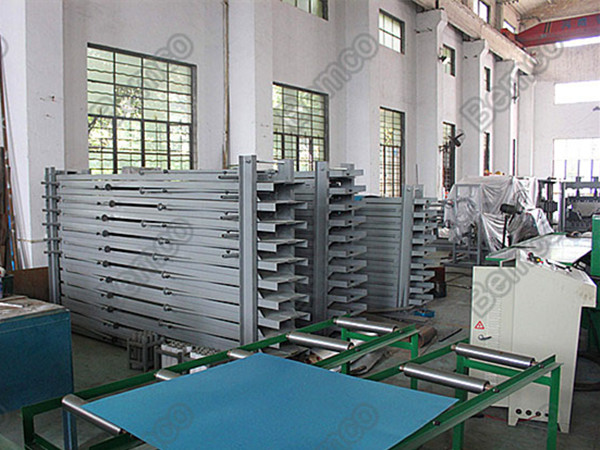 k-span-machine-runout-table-transporting-rack