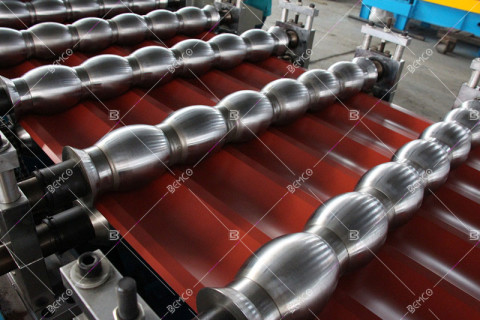 metal-glazed-tile-roll-forming-machine