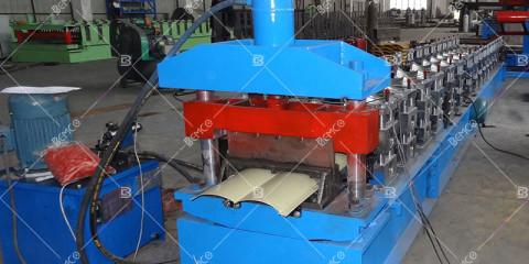metal-log-siding-roll-forming-machine