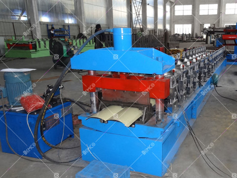 metal-log-siding-roll-forming-machine
