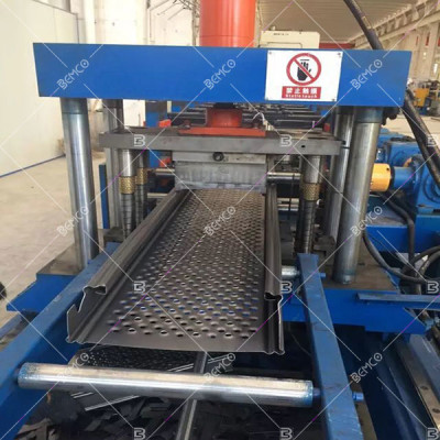 metal-scaffolding-roll-forming-machine
