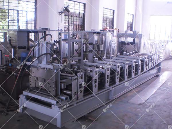 mic120-k-span-panel-roll-forming-machine