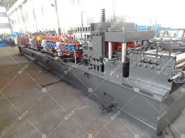 multifunctional-purlin-roll-forming-line
