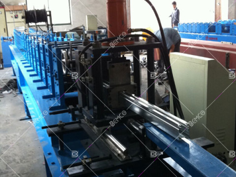 shutter-door-guide-rail-roll-forming-machine