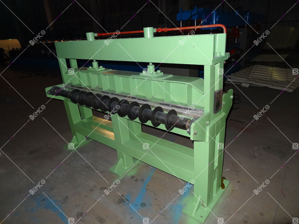 simple_slitting_line_tension_seperat_device
