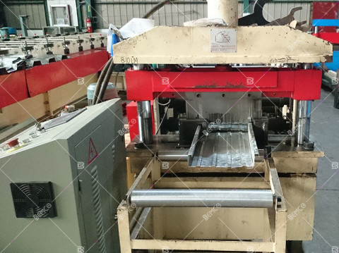 standing-seam-roof-panel-roll-forming-line