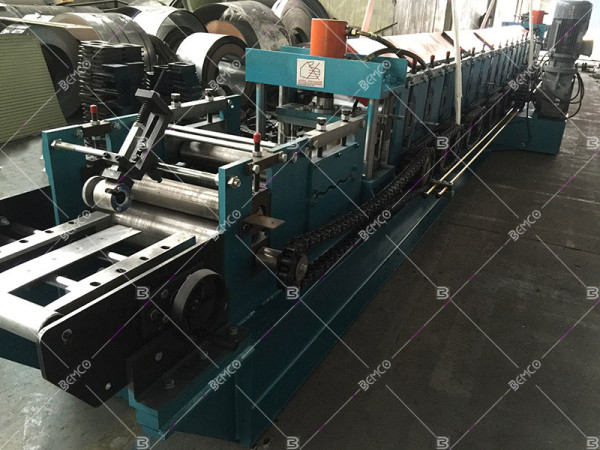 z-purlin-roll-forming-line