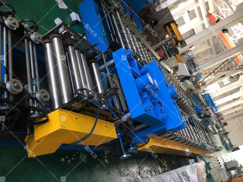 cable-ladder-roll-forming-machine